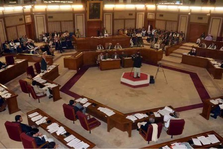 Balochistan Assembly rumpus case: Opposition leader, 16 MPAs surrender to police