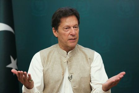 PM Imran questions US strategy to have bases in Pakistan
