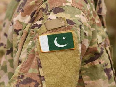 Two soldiers martyred as terrorists strike from Afghanistan
