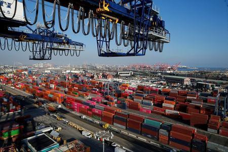 Pakistan records highest export of goods in FY21