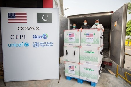 Pakistan receives shipment carrying 2.5 million doses of Moderna vaccine