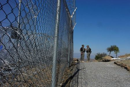Pak-Afghan border: Fencing being reinstalled at Zero Point