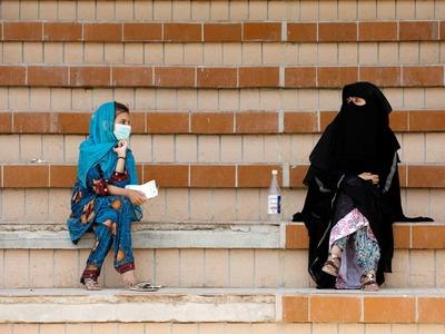 Pakistan's Covid-19 positivity ratio rises, daily cases reach 1,347