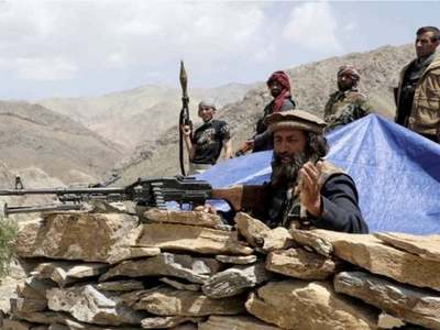 Tajikistan calls up reservists as Afghan troops seek refuge