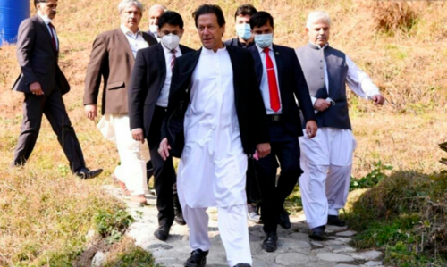 Will not be going to any private function with protocol and security, announces PM Imran