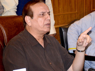 Eidul Azha: Laeeq for ensuring precautions at cattle markets