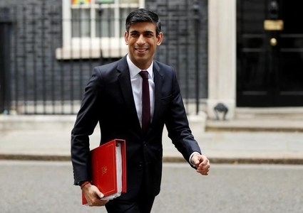 UK's Sunak appreciates 'frustration' over COVID self-isolation