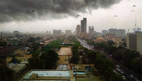 Karachi sees first monsoon shower, some areas see power outage