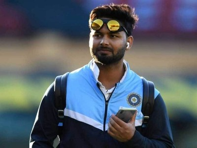 India wicketkeeper Pant tests positive for Covid on England tour