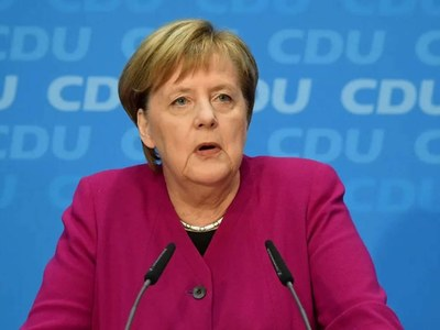 Merkel visits White House in swan song