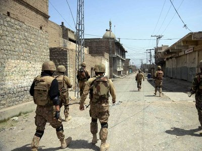 Pakistan military rescues 5 telecom workers kidnapped near Afghan border