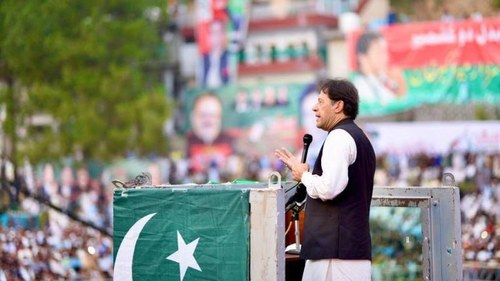 Govt is not planning to turn AJK into a province: PM Imran