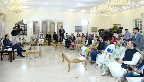 Peace in Afghanistan will give Pakistan access to Central Asian states, says PM