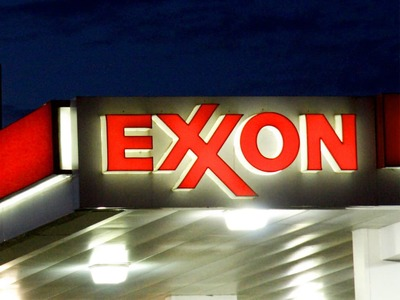 Exxon tops estimates with biggest quarterly profit in a year