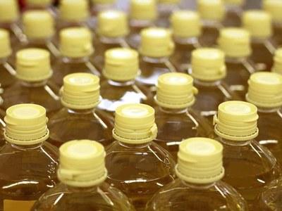 Palm ticks up on production concerns, sliding exports cap gains