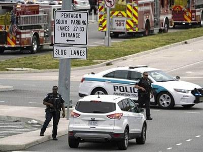 Pentagon locked down after shooting at subway station