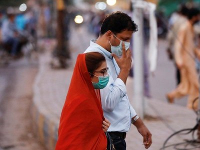 Pakistan's active Covid-19 cases jump to 78,595 as intensity of 4th wave increases