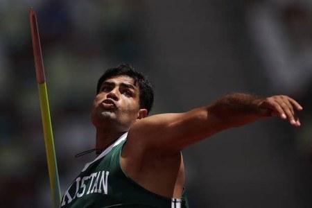 Arshad Nadeem, Pakistan's last Olympics medal hope, qualifies for javelin throw final