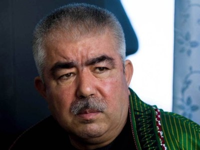 Dostum returns to fight for besieged home