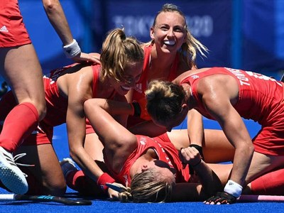 Britain win bronze after close victory over India