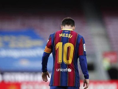 Messi to leave Barcelona due to 'financial obstacles'