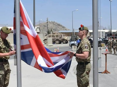 Britain tells nationals to leave Afghanistan immediately