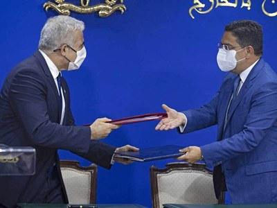 Morocco, Israel sign deals to mark historic visit
