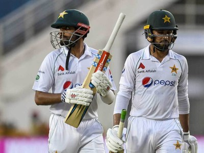 Gutsy Babar keeps Pakistan hopes alive in first Test