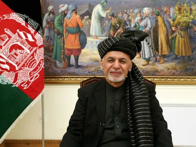 Russia says Afghan president fled with cars and helicopter full of cash