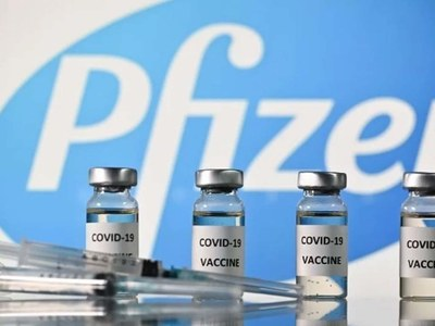 Pfizer submits initial data for COVID-19 vaccine booster authorization