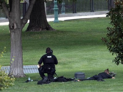 Police arrest man claiming to have bomb near US Capitol