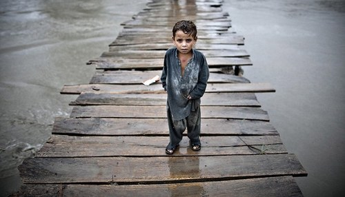 Children at 'extremely high-risk' to climate change in Pakistan: UNICEF