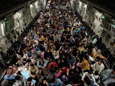 UAE to temporarily host 5,000 evacuated Afghans en route elsewhere