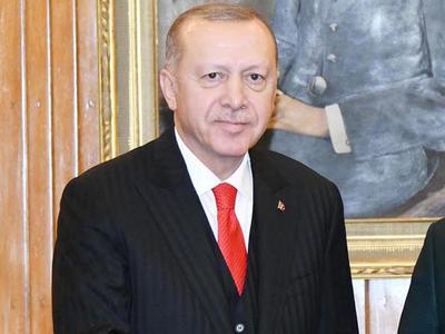 "Erdogan urges Putin to remain ""open"" to Taliban"