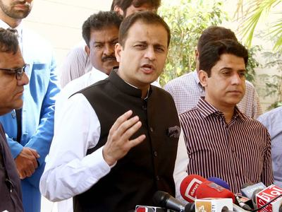 Murtaza visits District East, inspects work on drainage line