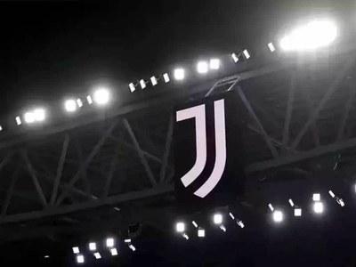 Juve board approves 400 million euro capital increase as Covid hits club finances