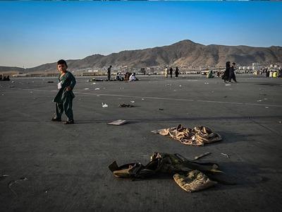 US warns of more terror attacks at Kabul airport