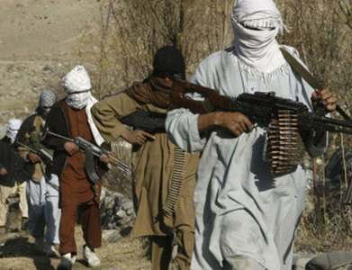 Rebels hold out in Afghan valley