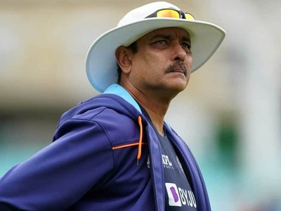 India coach Shastri tests Covid-19 positive, support staff isolate
