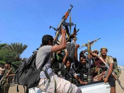 'Children hurt' as Yemen rebels fire missiles into Saudi Arabia