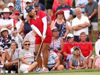 Europe weather storm to lead USA by two in Solheim Cup