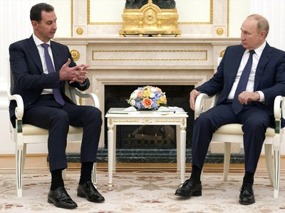 Putin meets Assad, takes swipe at US and Turkish forces in Syria
