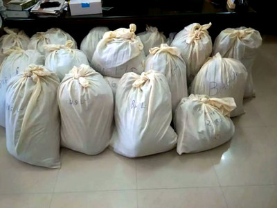 Smuggled goods: Karachi retail stores to face crackdown