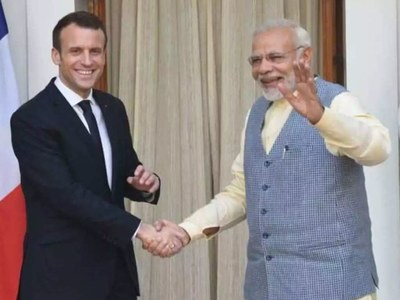 Macron and Modi vow to 'act jointly' after subs dispute