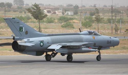 Pilot killed as PAF jet crashes near Mardan