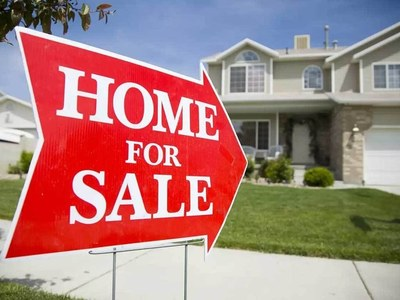 US existing home sales fall in August; inventory declines