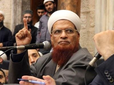 Shujaat, Elahi greet Mufti Taqi Usmani