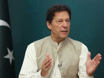 ISI chief briefs PM, COAS about evolving Afghan situation