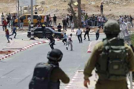 Israeli troops kill five Hamas activists