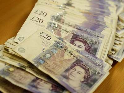 Sterling holds above $1.37